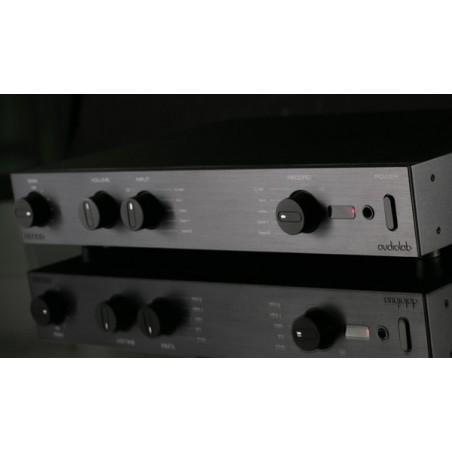 Magnat RV4 Amplificador
